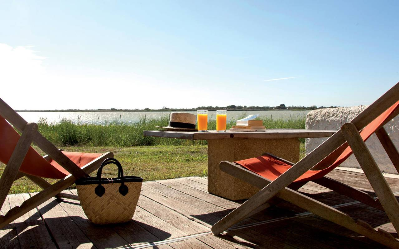 Your private terrace in the heart of Camargue